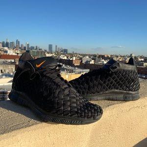 Nike Inneva Woven Mid SP All Black 800907-001 11.5